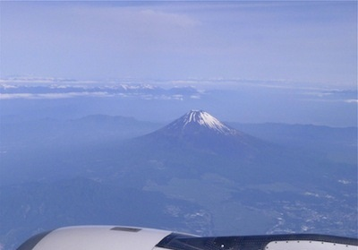 mount_fuji_view_from_the_plane